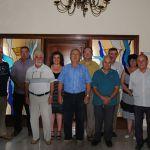 Exregidors assistents a l'acte de signatura del manifest pel dret a decidir